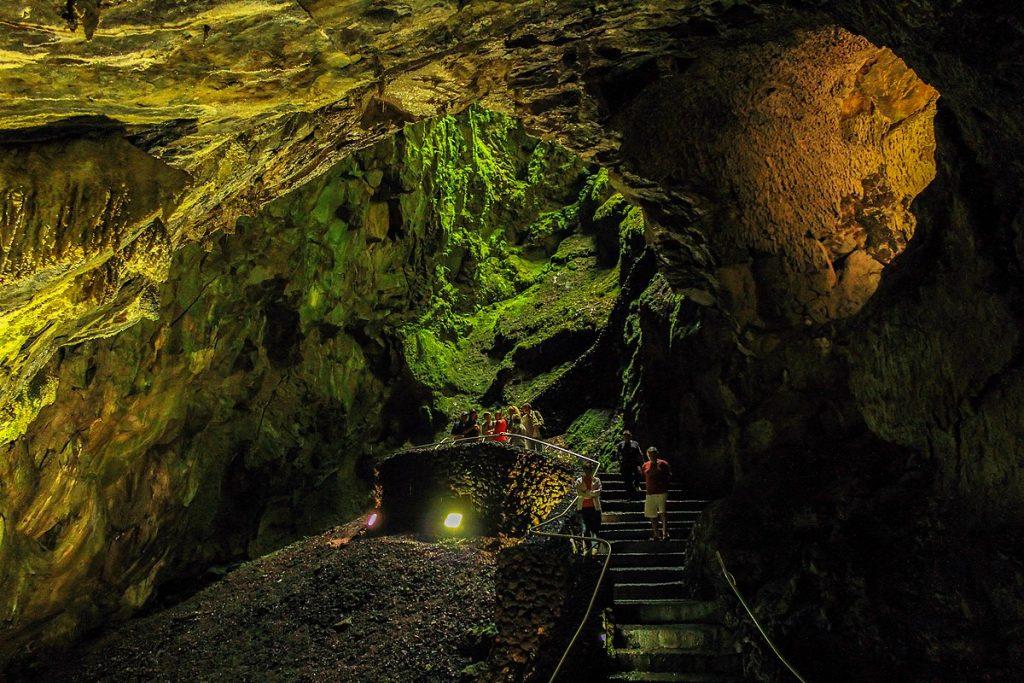 1200px Interior do Algar do Carvao